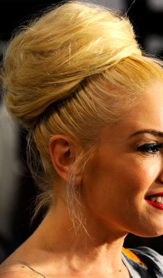 Gwen Stefani's Big Blonde Voluminous Bun