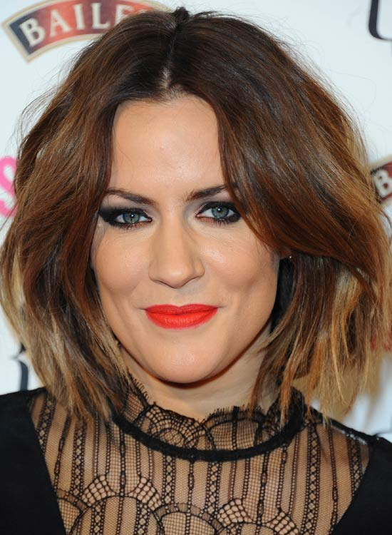 Highlighted-Medium-Bob-with-Dramatic-Wispy-Waves