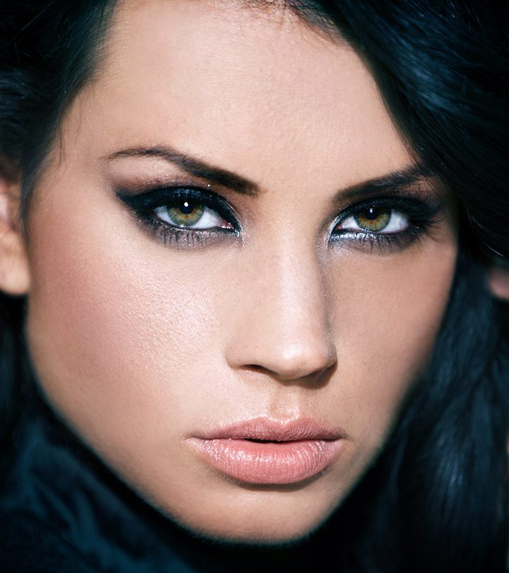 How-To-Apply-Black-Eye-Makeup