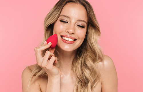 How To Apply Liquid Foundation With Beauty Blender