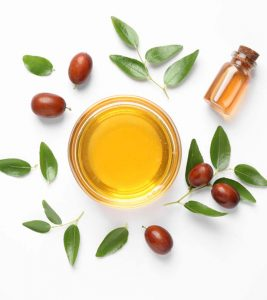 Benefits Of Jojoba Oil For The Hair And How To Use It