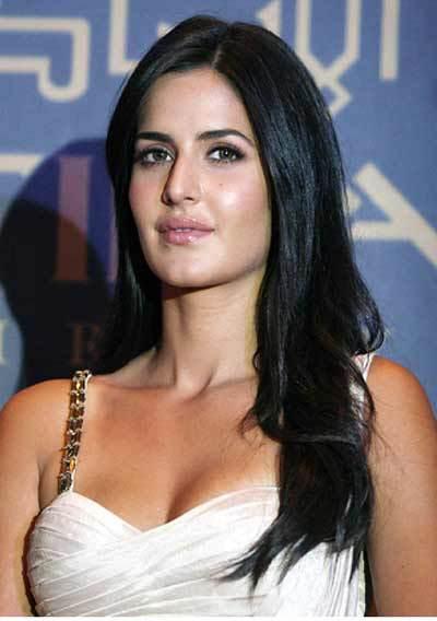 Katrina Kaif Minimal Makeup