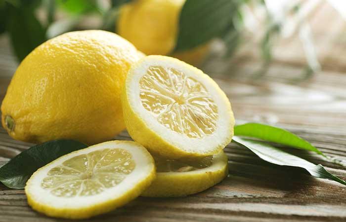 Lemon-Sugar-Scrub-For-Oily-Skin