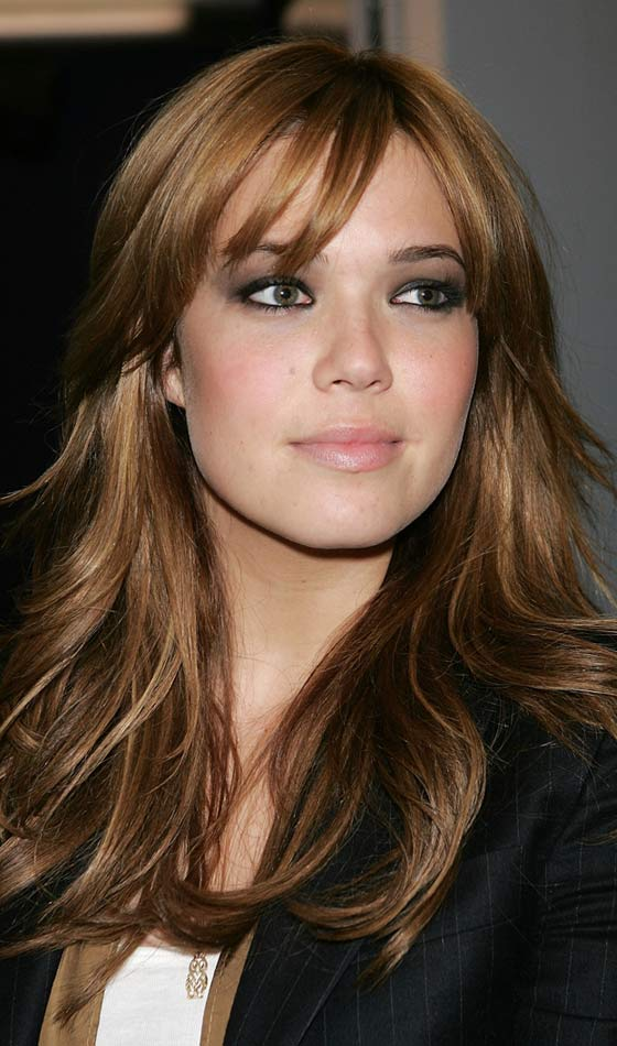 Mandy Moore's Shiny Waves