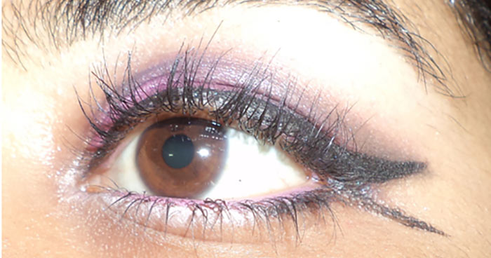 Purple Eye Makeup - Apply Mascara