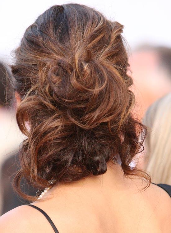 Messy-Low-Base-Hairdo