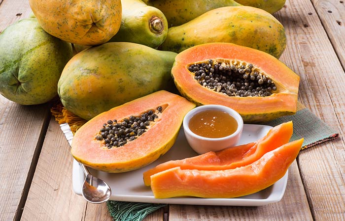Papaya-And-Honey-Face-Mask-For-Dry-Skin