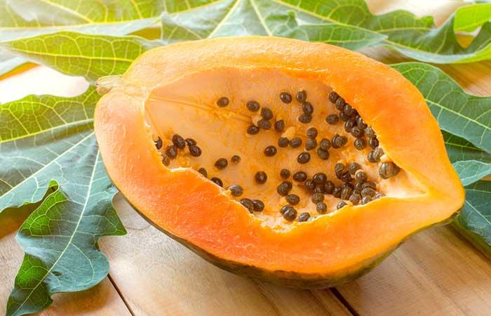 Papaya-Scrub-For-Oily-Skin