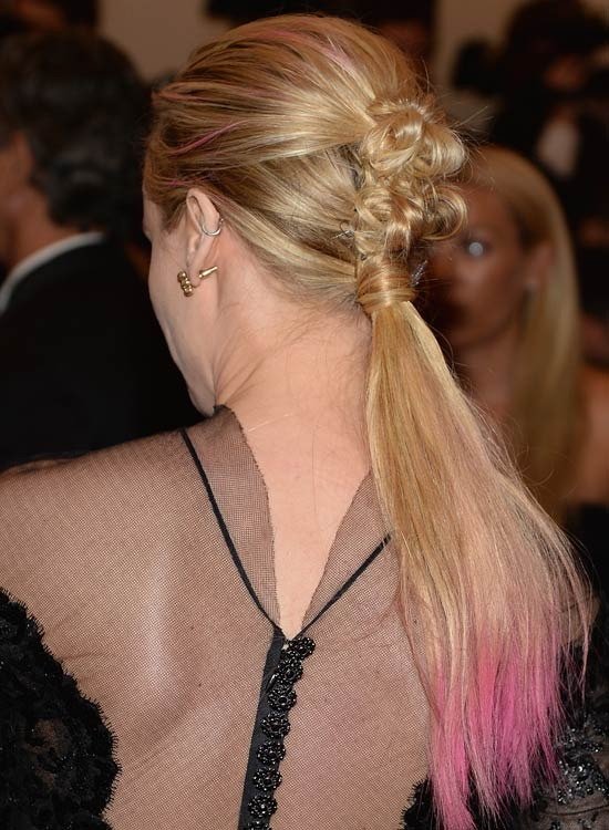 Rose-Knotted-Ponytail