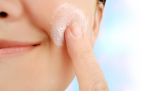 Scrubbing skin