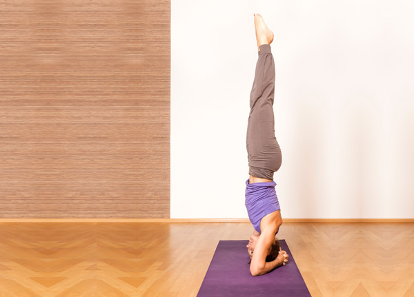 Shirshasana for yoga