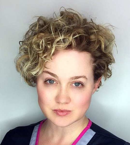 medium hair perms styles perm hairstyles hairstyles 8115
