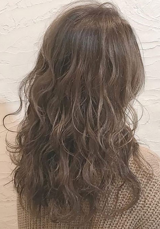 Tousled-Curls-Partial-Perm