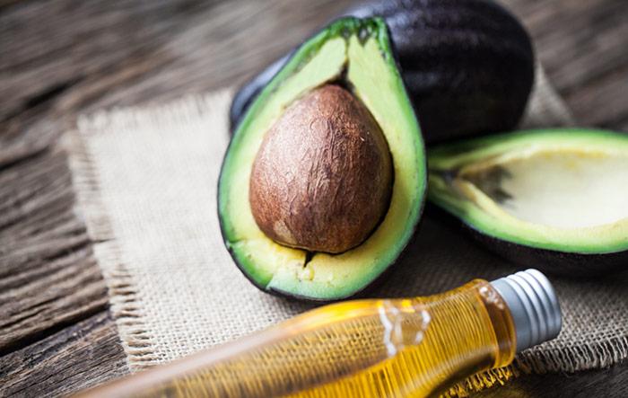(c) Avocado Oil For Freckles