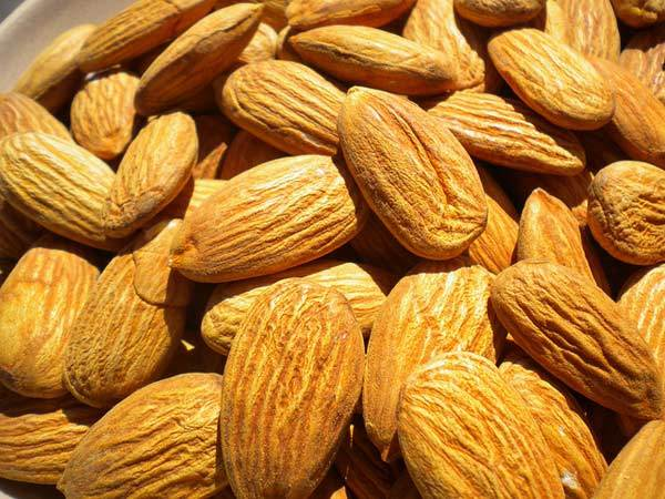 Almonds for face scrub
