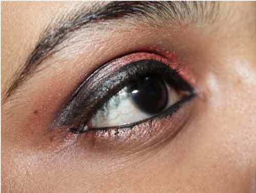 eyeliner makeup tips for blue eyes
