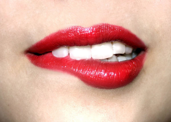 15 Beauty Tips for Dark or Black Lips