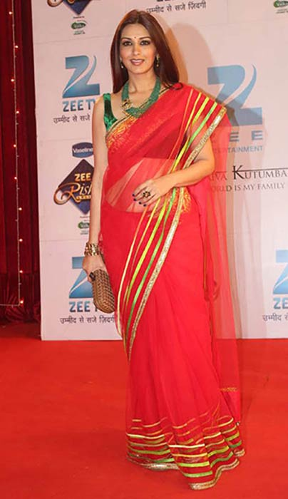 Sonali Bendre In Red Saree