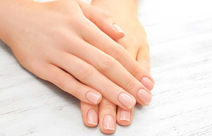 Keep Your Fingernails Dry And Clean