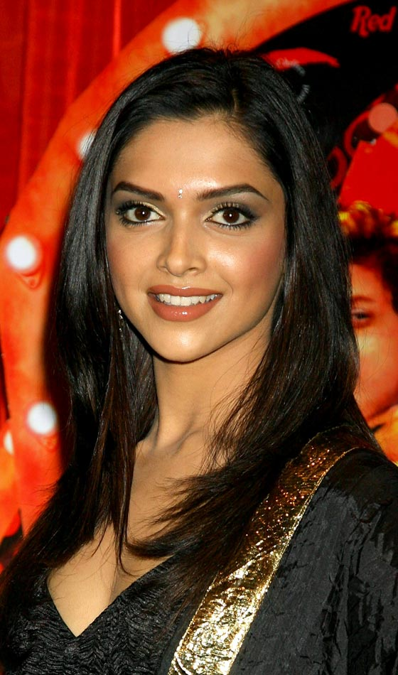 Deepika Padukone's Graceful and Alluring Hairstyle