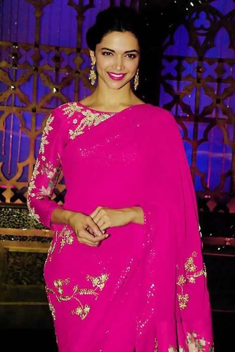 Bollywood Actresses in Sarees - 41 Beautiful Hindi ...