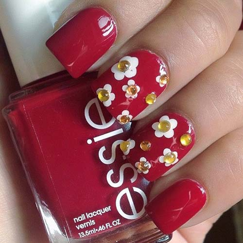 Beautiful 3D Nail Art Tutorials - 28. 3D Daisies Summer Nail Art