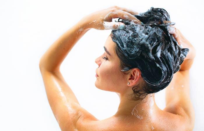 2. Use A Shampoo Which Contains Vitamin E