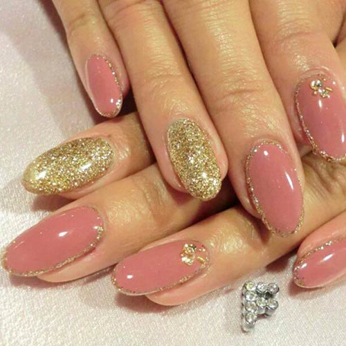 Beautiful 3D Nail Art Tutorials - 5. Pink And Gold 3D Nail Art