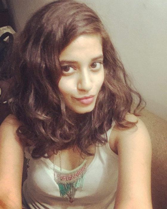 26.-Bouncing-Curls