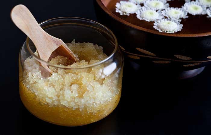 3. Sugar Scrub For Peeling Skin