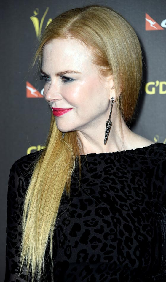 Nicole Kidman's Chic Straight Long Hairstyle