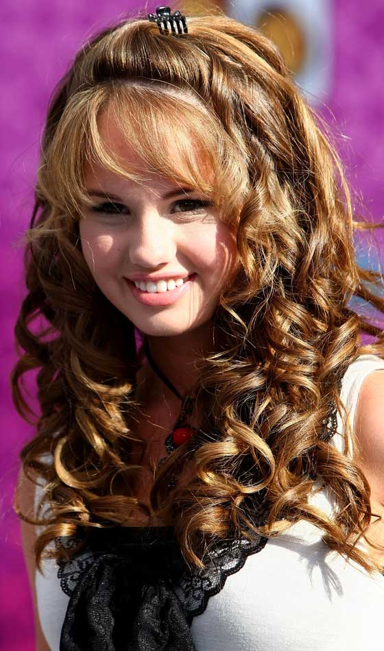 3.Partial-up-hairstyle-for-curly-hair