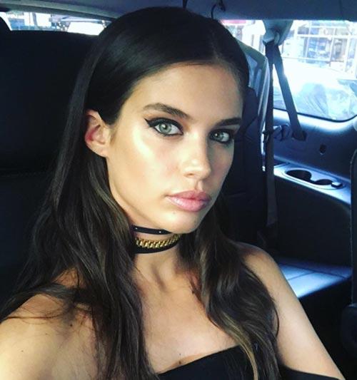 Sara Sampaio - Model