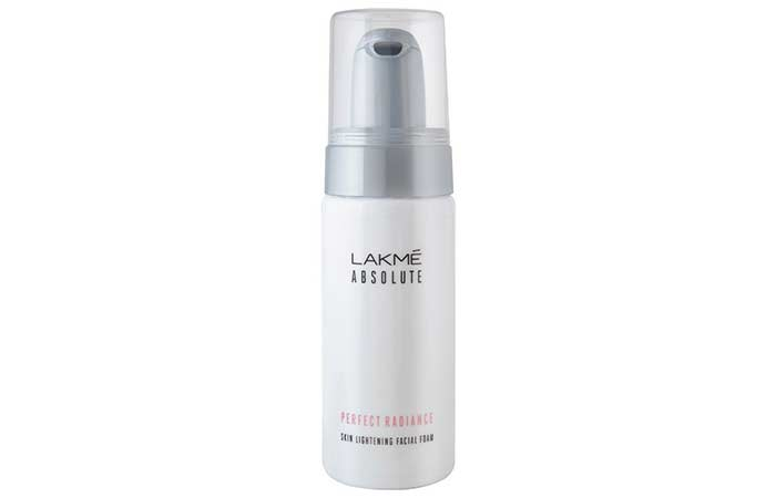 5. Lakme Absolute Perfect Radiance Facial Foam