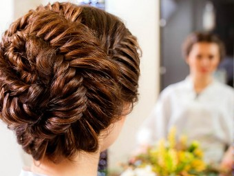 5709-10-wedding-updos-that-you-can-try-too