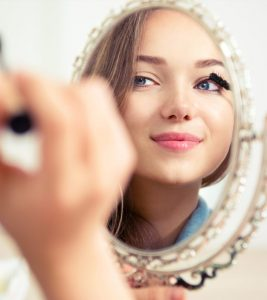 Top 25 Eye Makeup Tips For Beginners