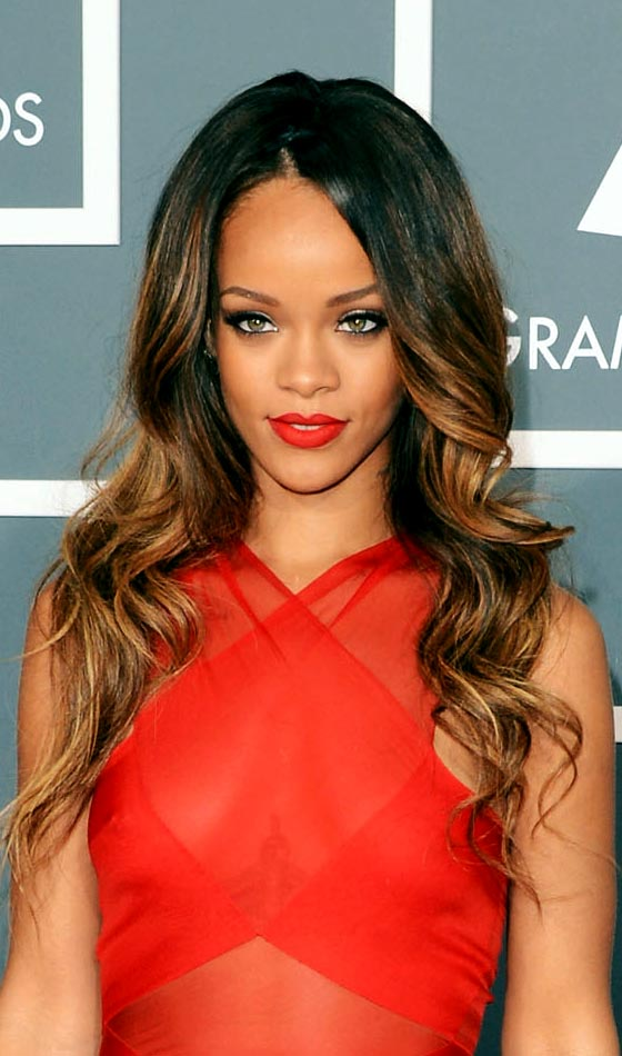 Rihanna's Laid-back Charming and Glamorous Hairstyle