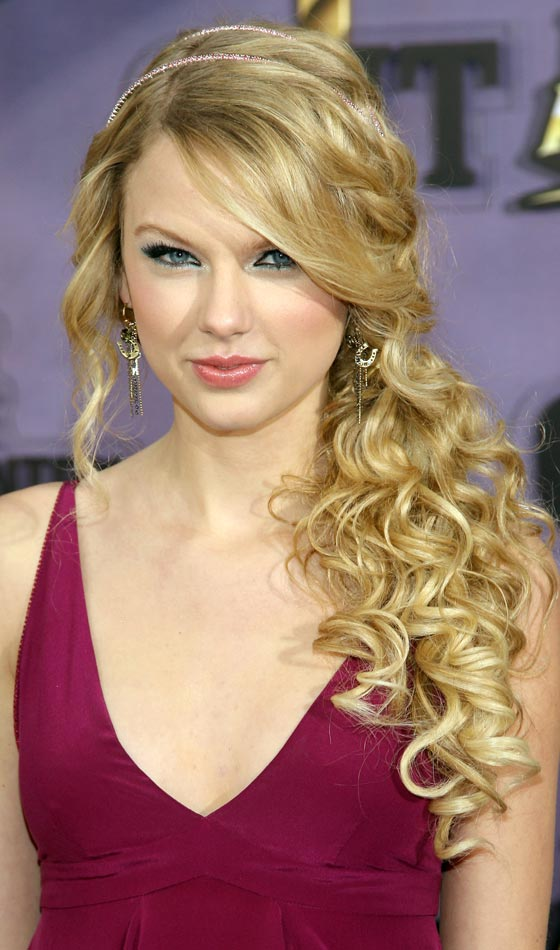 Surprising Top 10 Lovely Curly Long Hairstyles Short Hairstyles Gunalazisus