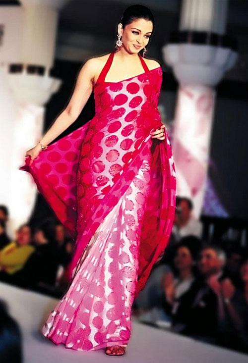 Aishwarya Rai Pink Saree Look