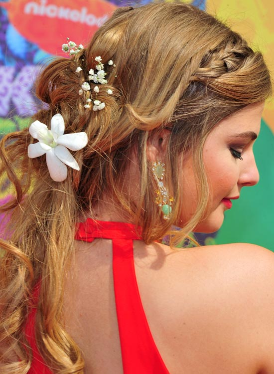 Braided-Half-Updo-with-Loose-Curls