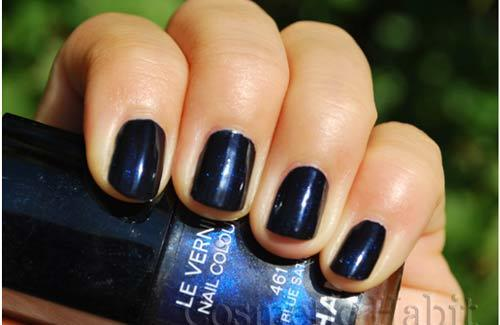 chanel blue satin nail polish swatch