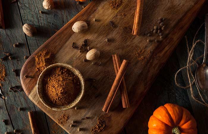 DIY Pumpkin And Nutmeg Skin Brightening Mask