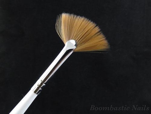 fan nail art brush