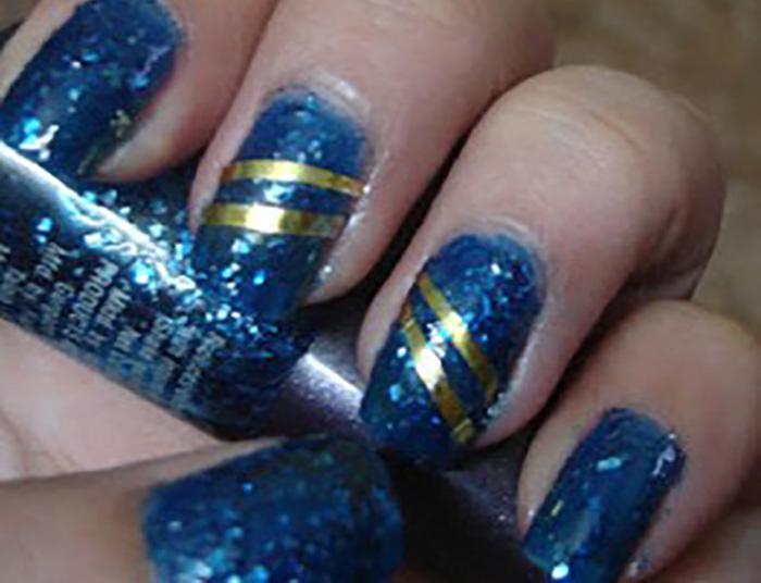 DIY – Easy Glitter Nail Arts