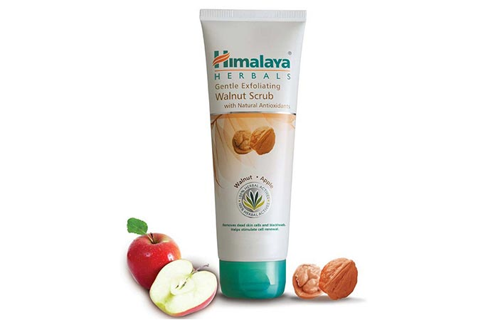 Himalaya Herbals Gentle Exfoliating Walnut Scrub - Scrubs To Get Rid Of Blackheads