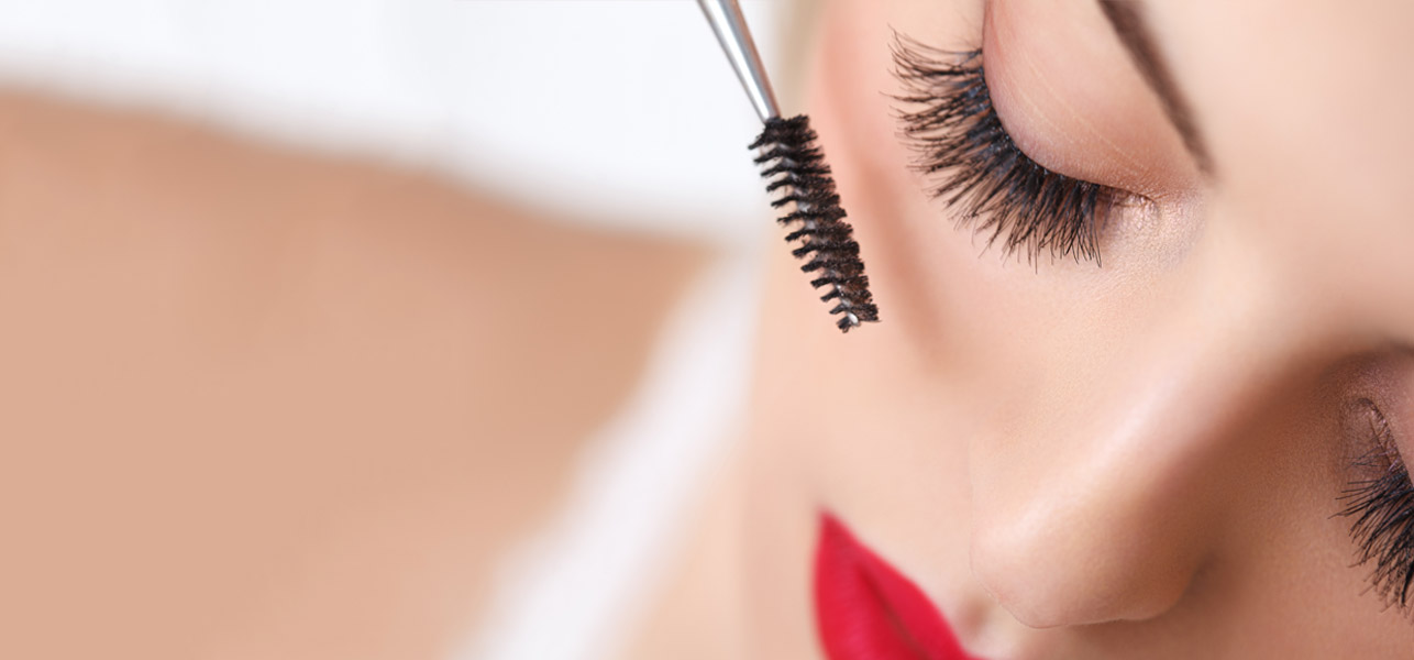 How-To-Apply-Mascara-Like-A-Pro0