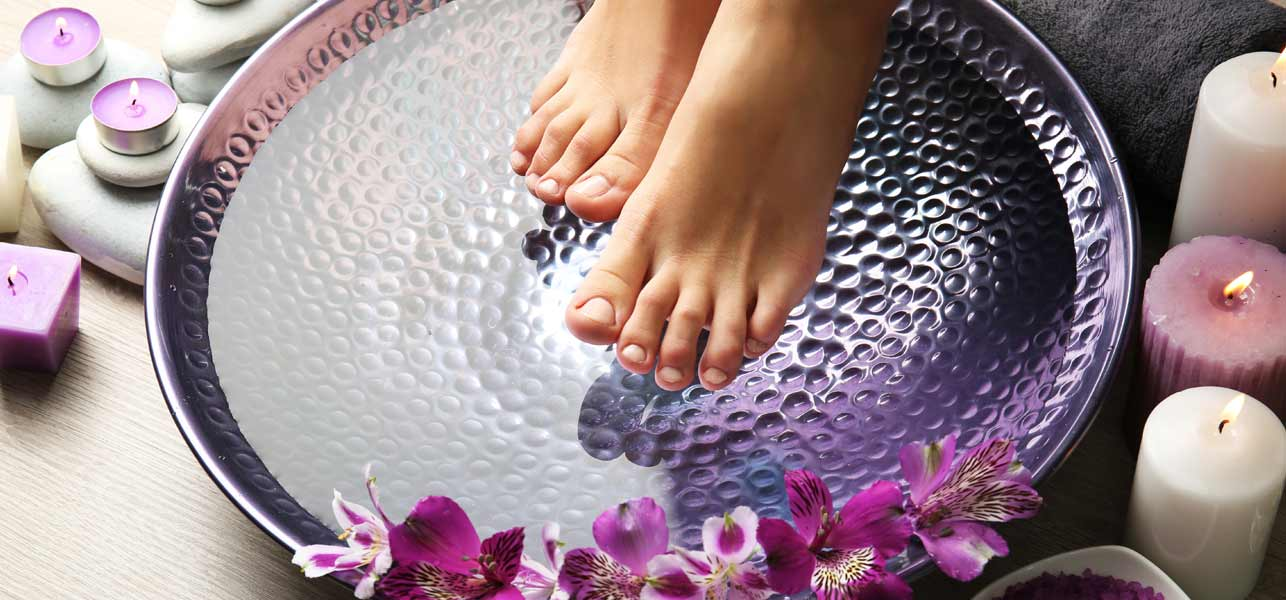 How to do a pedicure yourself at home great photo blog about how to do a pedicure yourself at home solutioingenieria Choice Image