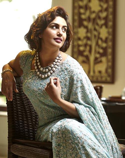 Huma Qureshi In Blue Saree