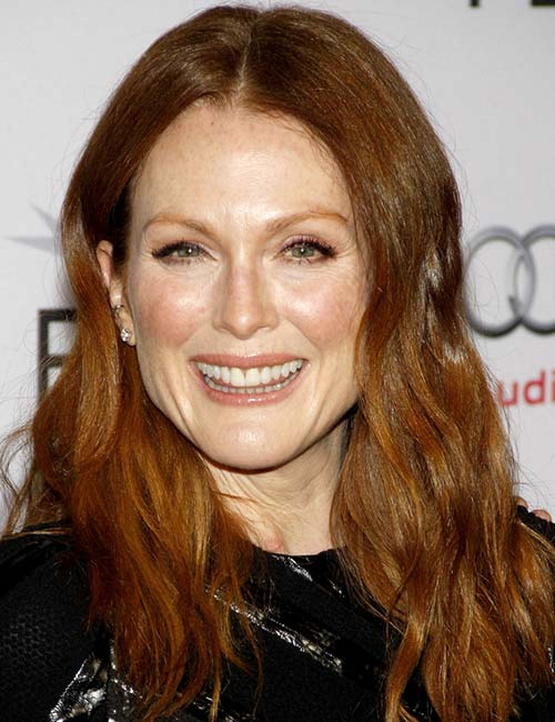 Julianne Moore (Texturized Waves)