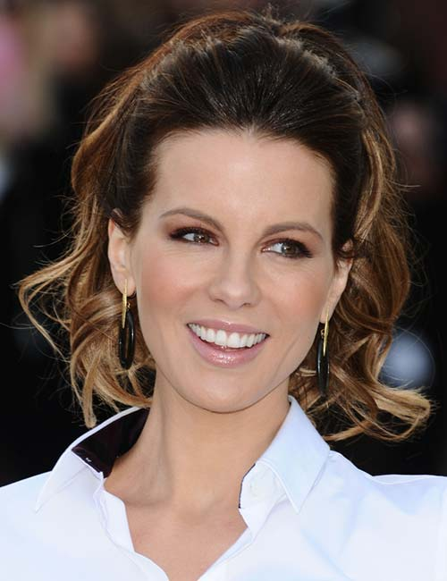 Kate Beckinsale – Flair Waves In A Ponytail